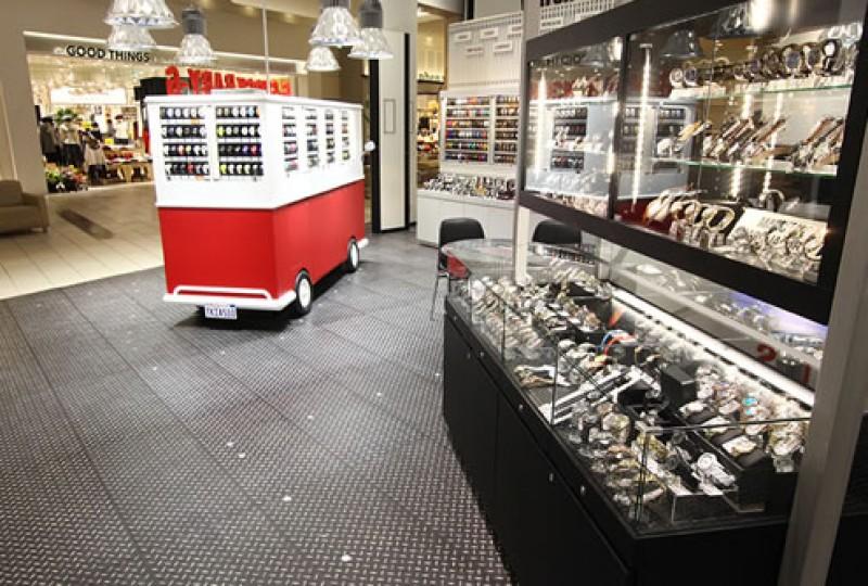 イオンレイクタウンmori店