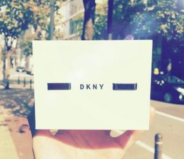 新着商品 DKNY